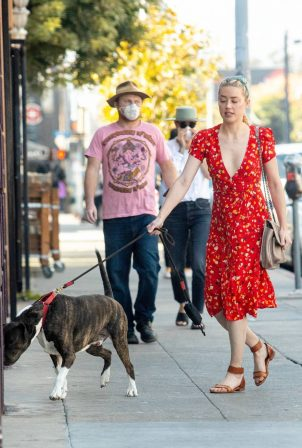 Amber Heard - Seen at the Hollywood Farmers Market