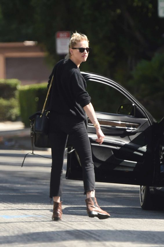 Amber Heard - Seen Out in Los Angeles