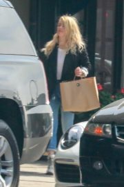 Amber Heard - Shopping at the American Rag Store in Los Angeles