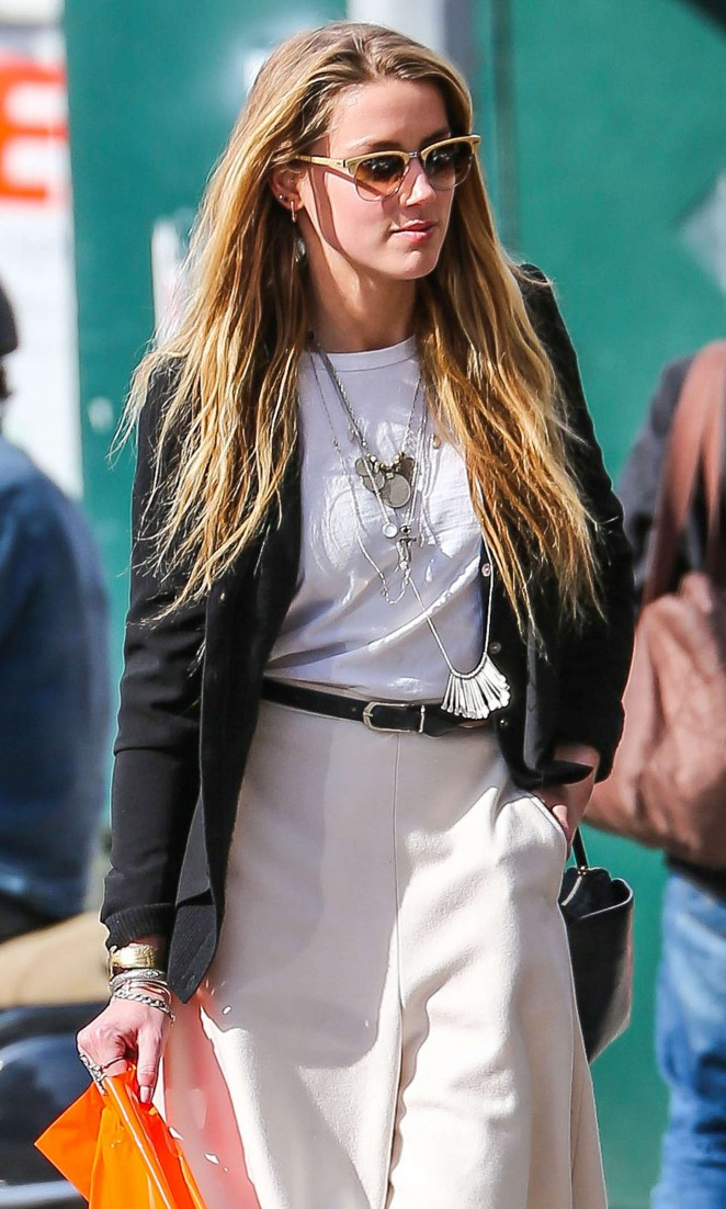 Amber Heard - Shopping in NYC