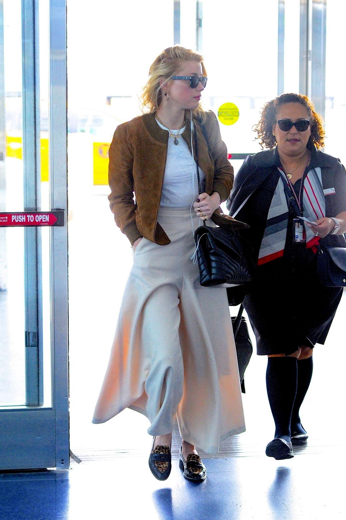 Amber Heard 2019 : Amber Heard – Spotted at JFK Airport in New York-03