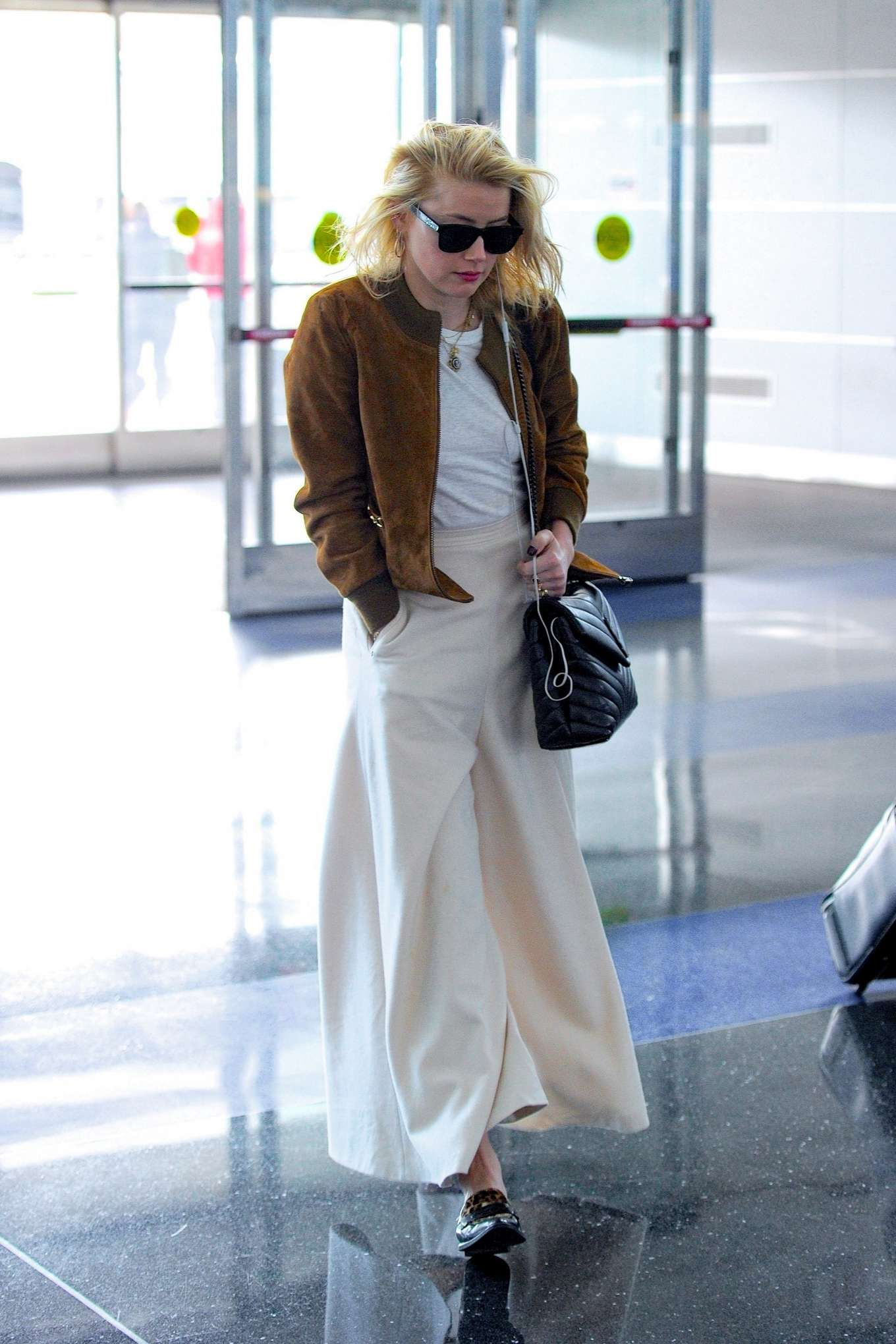 Amber Heard 2019 : Amber Heard – Spotted at JFK Airport in New York-05