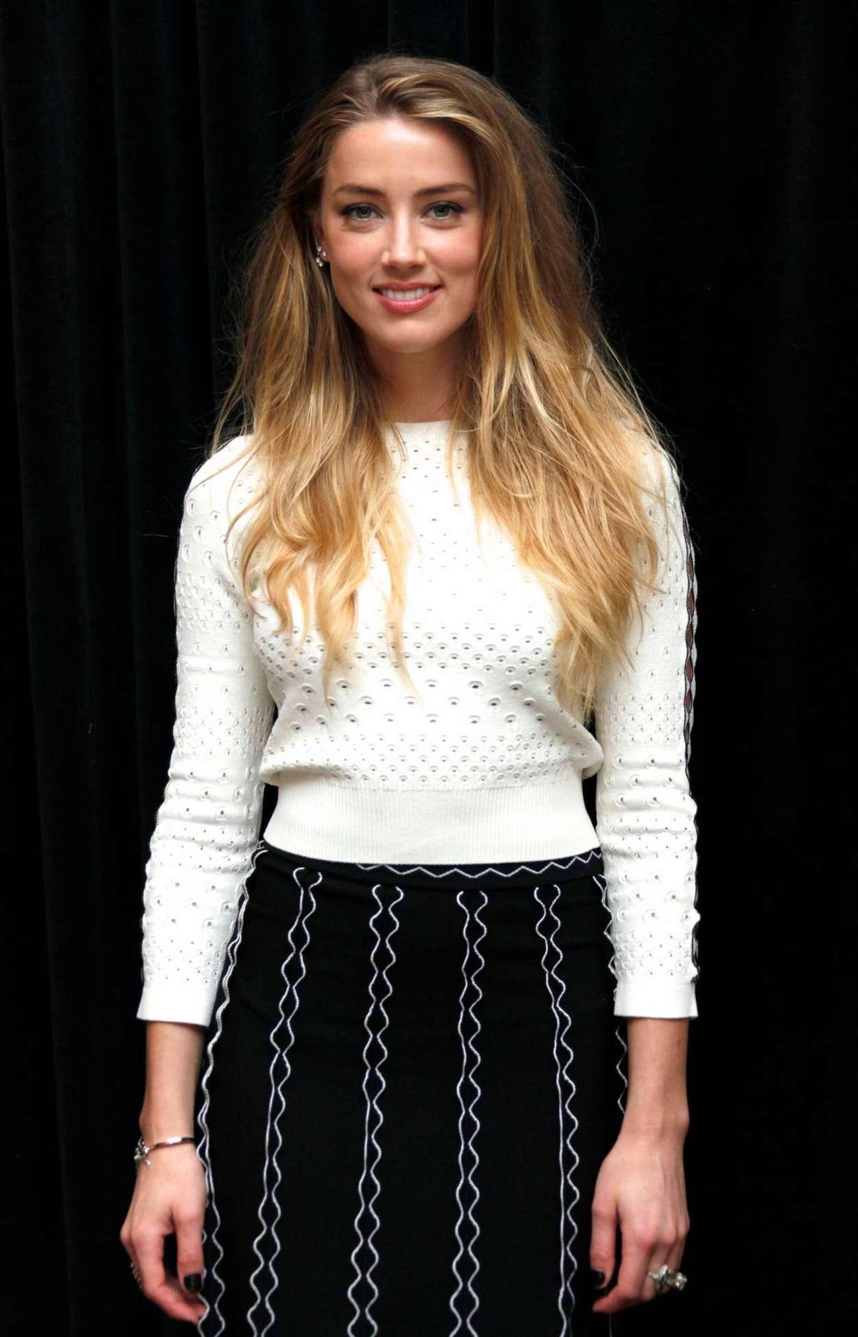 Amber Heard 2015 : Amber Heard: The Danish Girl Photocall -01