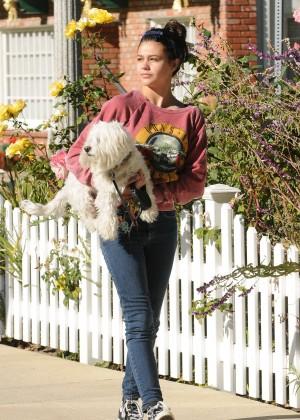 Amber Montana: Walking her dog Elvis -14