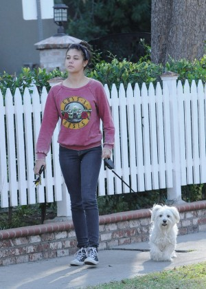 Amber Montana: Walking her dog Elvis -20
