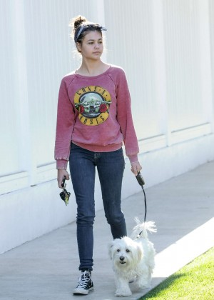 Amber Montana: Walking her dog Elvis -25