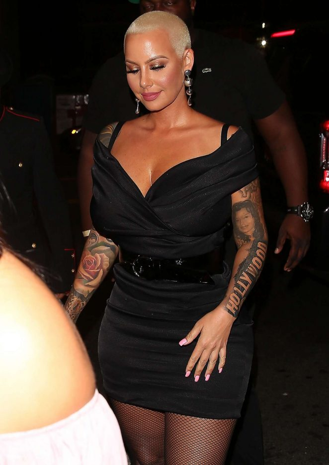 Amber Rose - Arrives to 1 OAK in Los Angeles