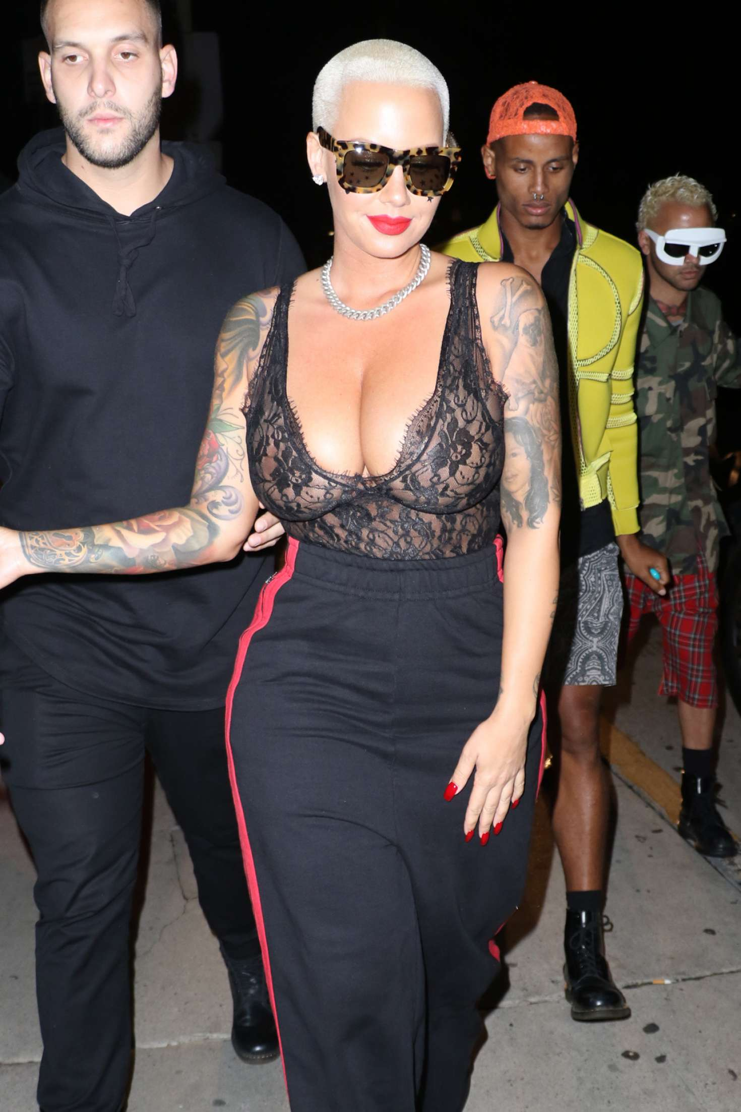 Amber Ros 2016 : Amber Rose out in Santa Monica -19