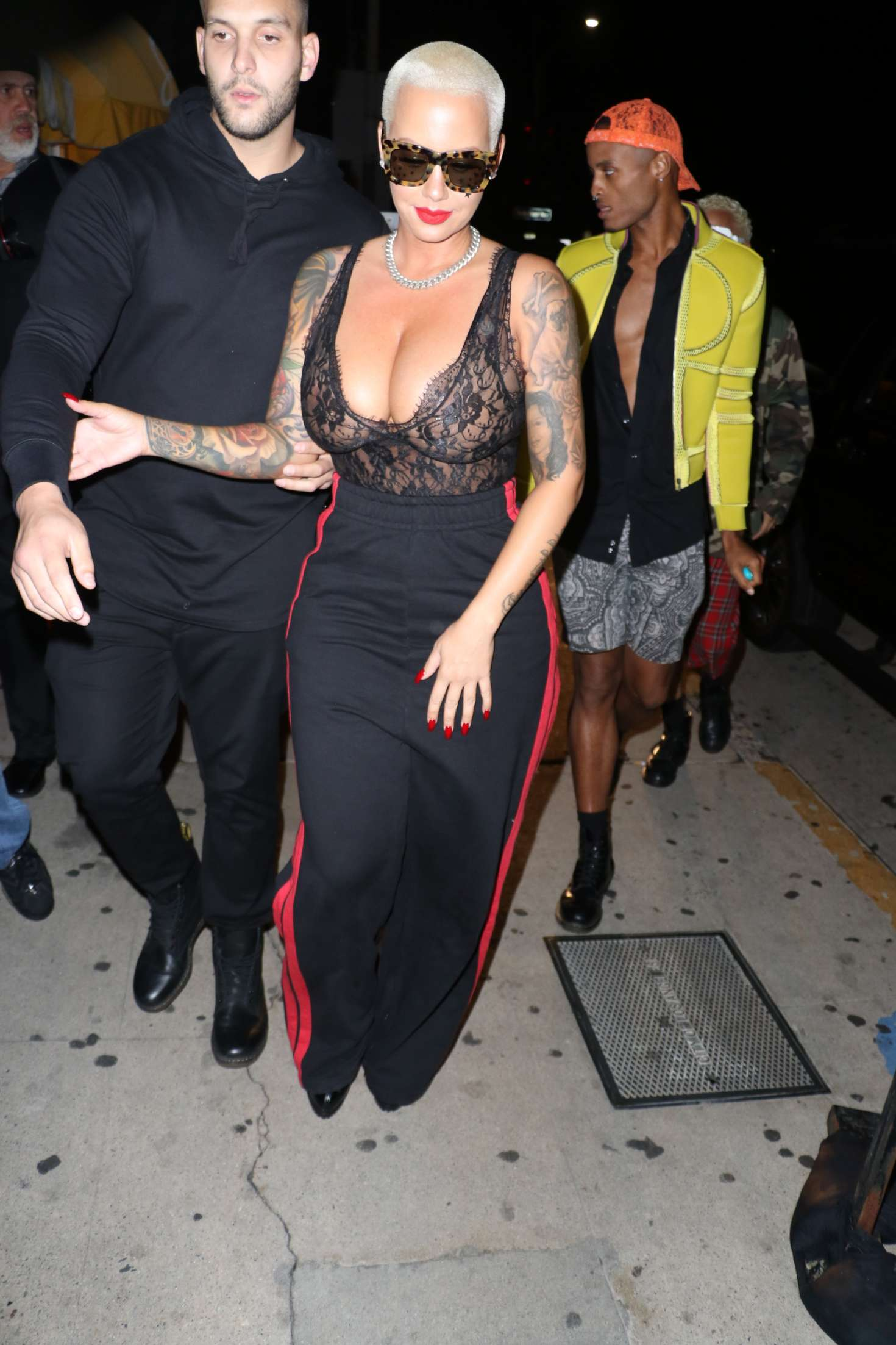 Amber Ros 2016 : Amber Rose out in Santa Monica -21