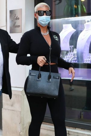 Amber Rose - Shopping at Peter Marco Luxury Jewelry on Rodeo Drive in Beverly Hills