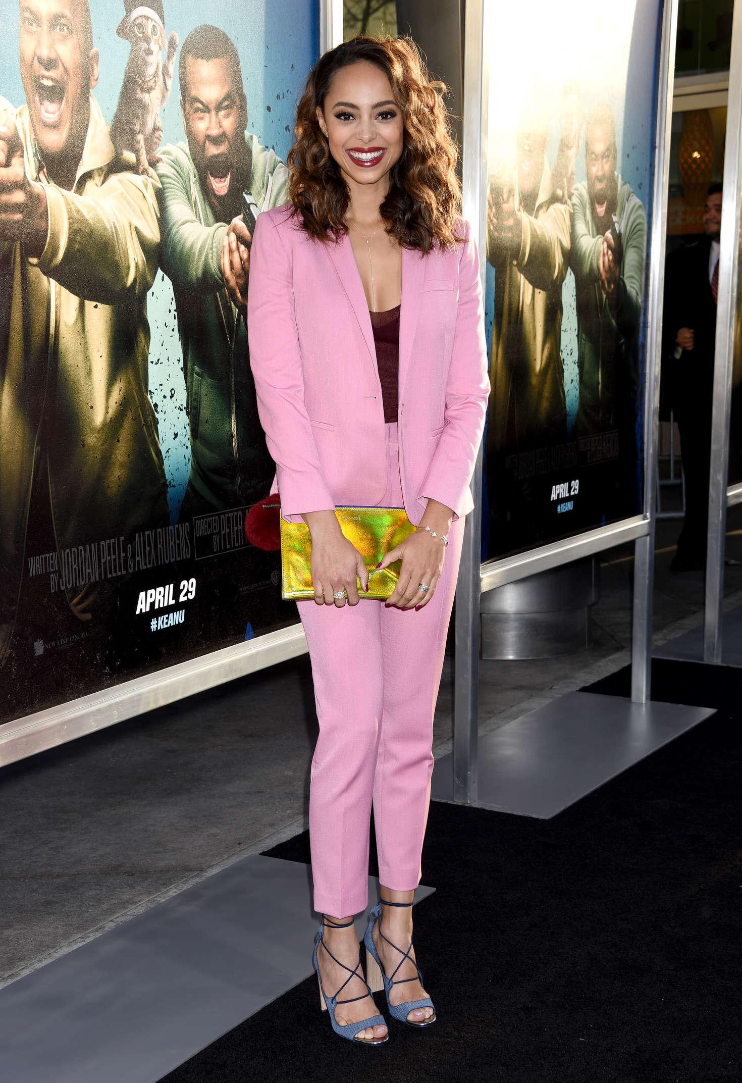 Amber Stevens: Keanu Premiere -03