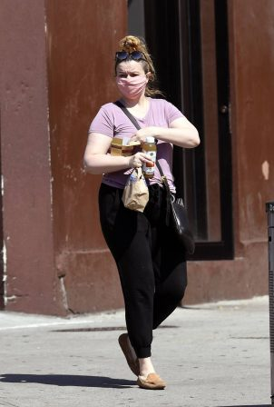 Amber Tamblyn - Out in NYC