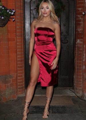 Amber Turner - Christmas Special Filming of 'The Only Way is Essex' in Suffolk