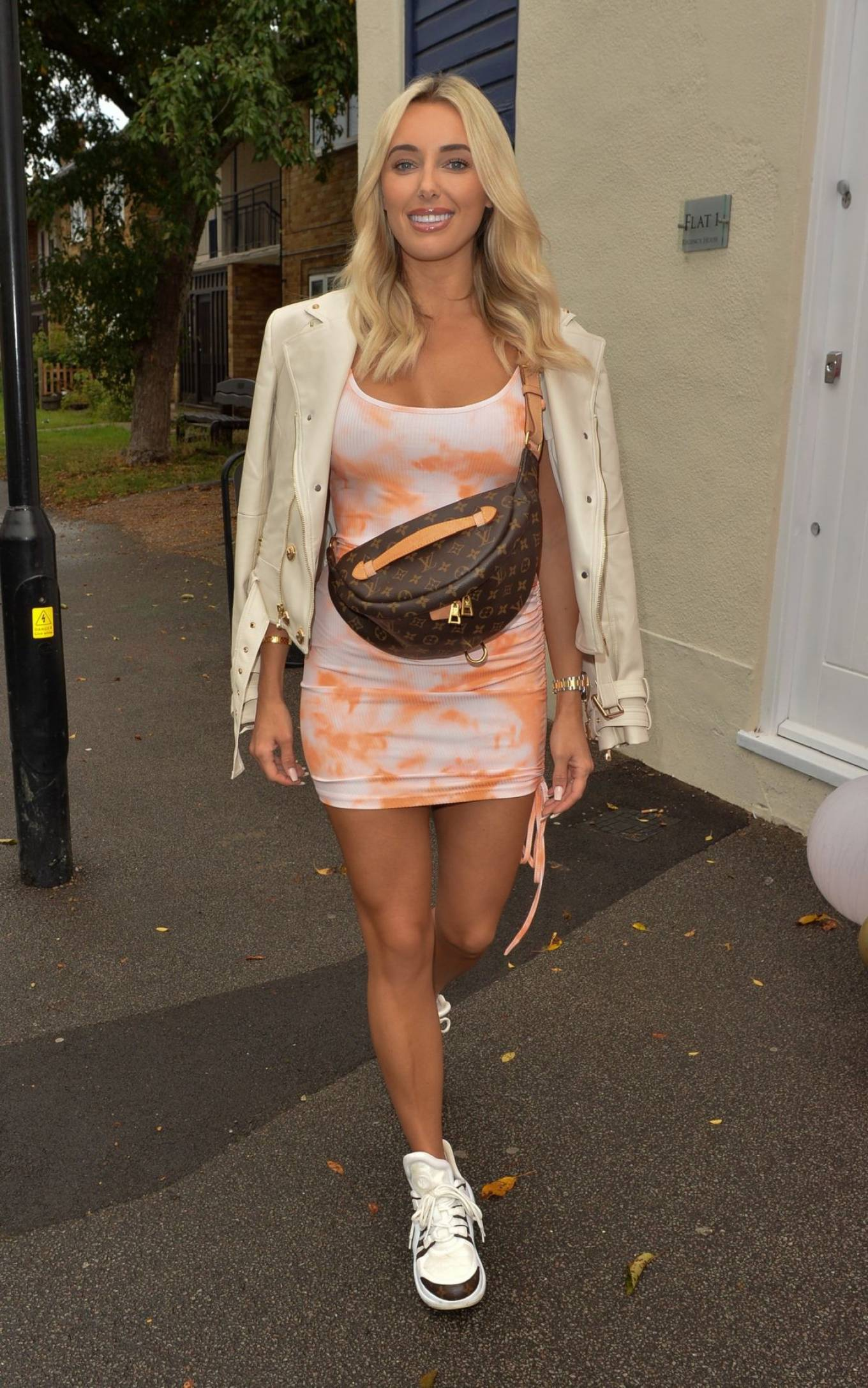 Amber Turner 2020 : Amber Turner – Possing at Hair by Holly Salon Opening in Buckhurst Hill-03