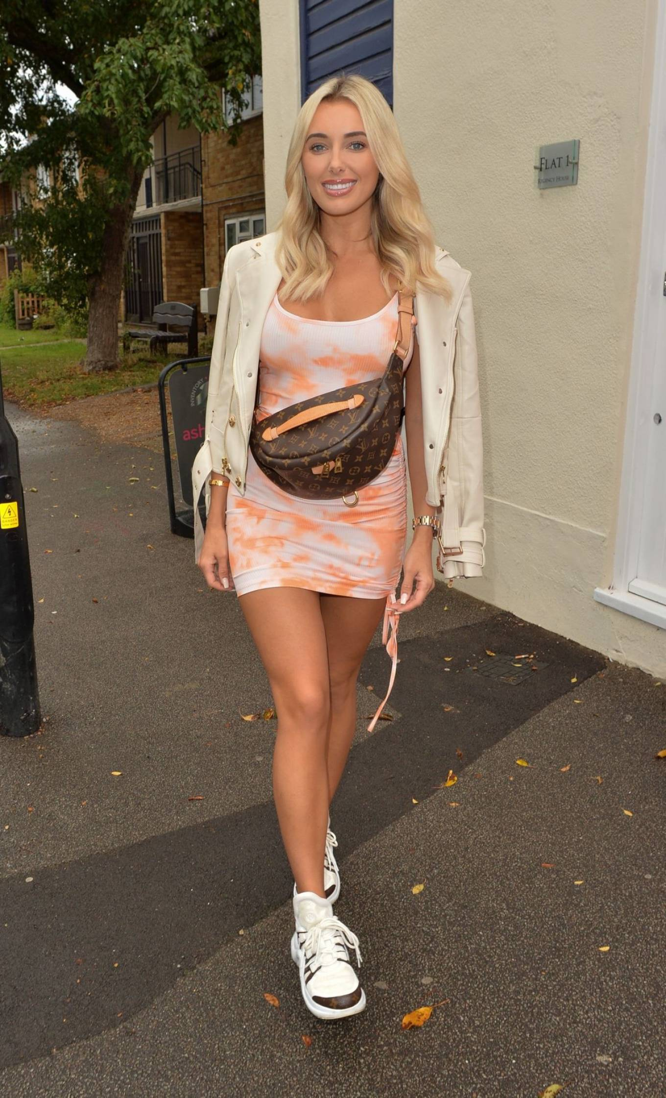 Amber Turner 2020 : Amber Turner – Possing at Hair by Holly Salon Opening in Buckhurst Hill-08