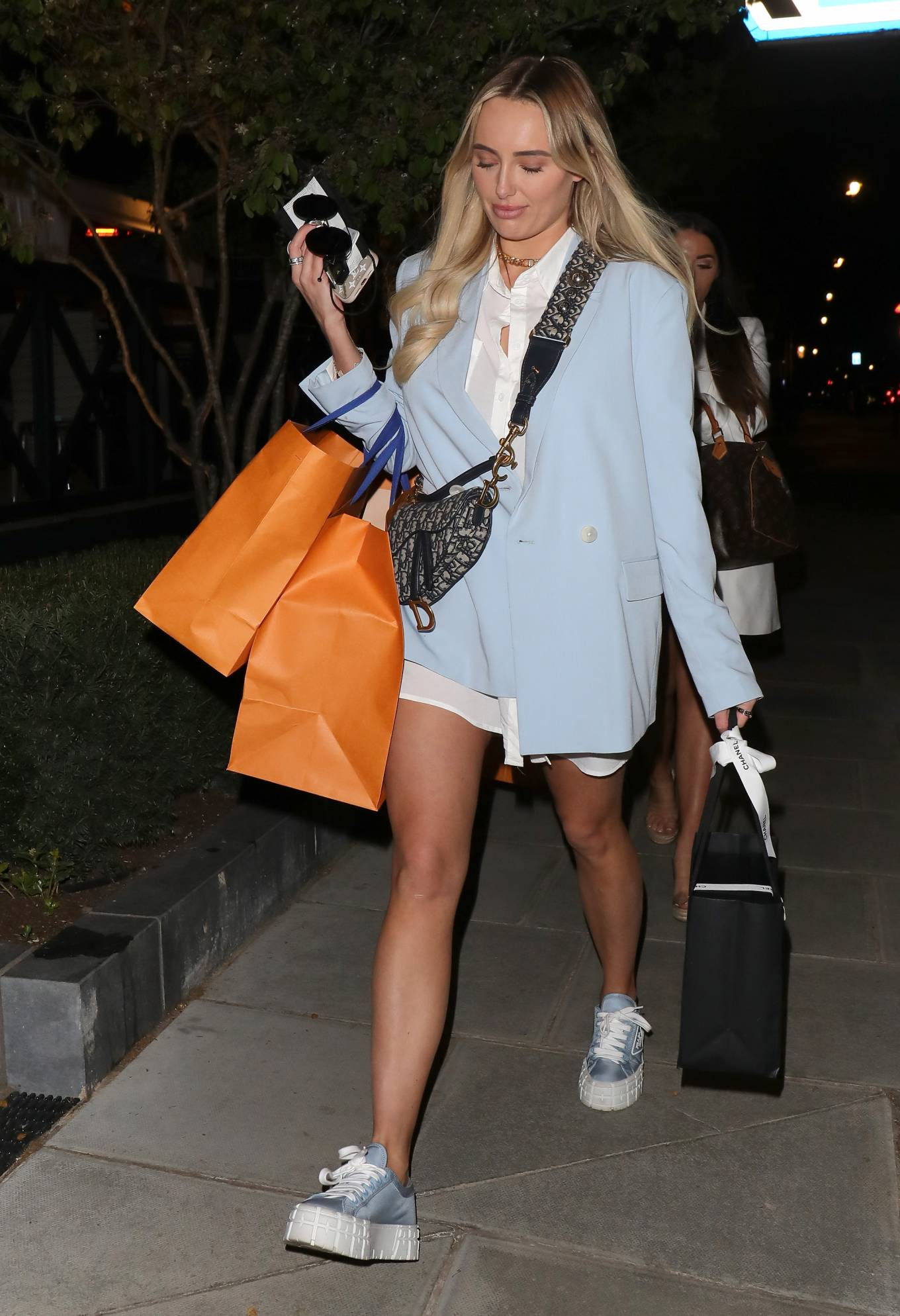 Amber Turner - Seen with friends at Nobu Portman Square in London