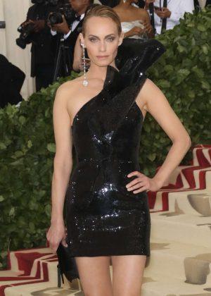 Amber Valletta - 2018 MET Gala in NYC