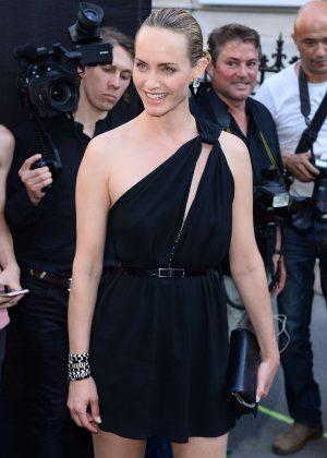 Amber Valletta - Arriving at Vogue Dinner Party in Paris