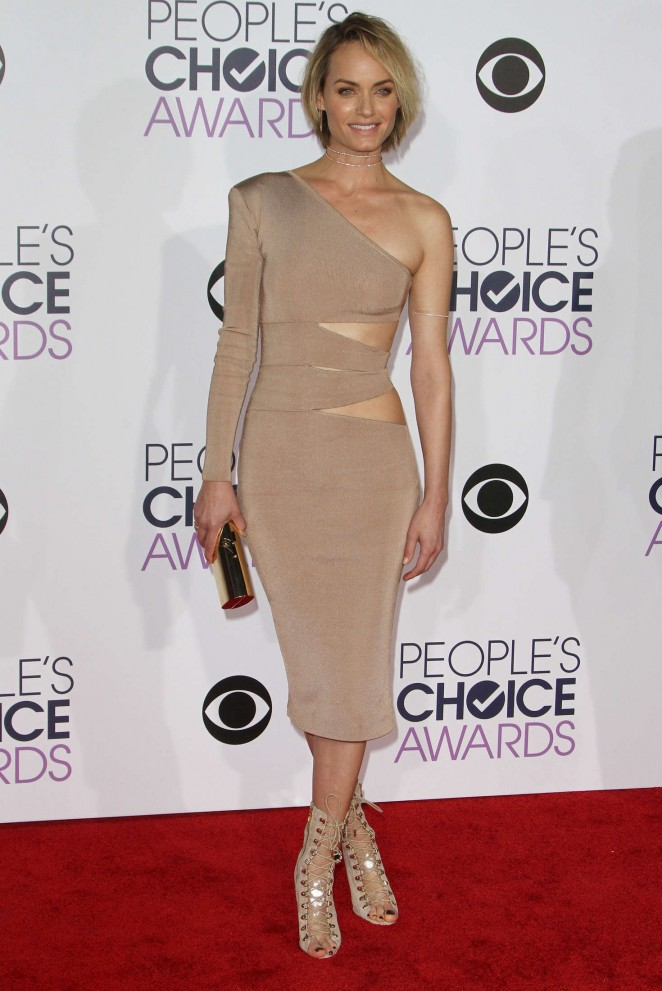 Amber Valletta - People's Choice Awards 2016 in Los Angeles