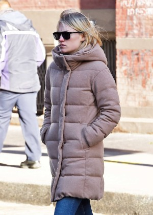 Amber Valletta Shopping in Soho