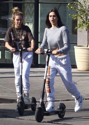 Amelia and Delilah Hamlin - Have fun with lime scooters in West Hollywood