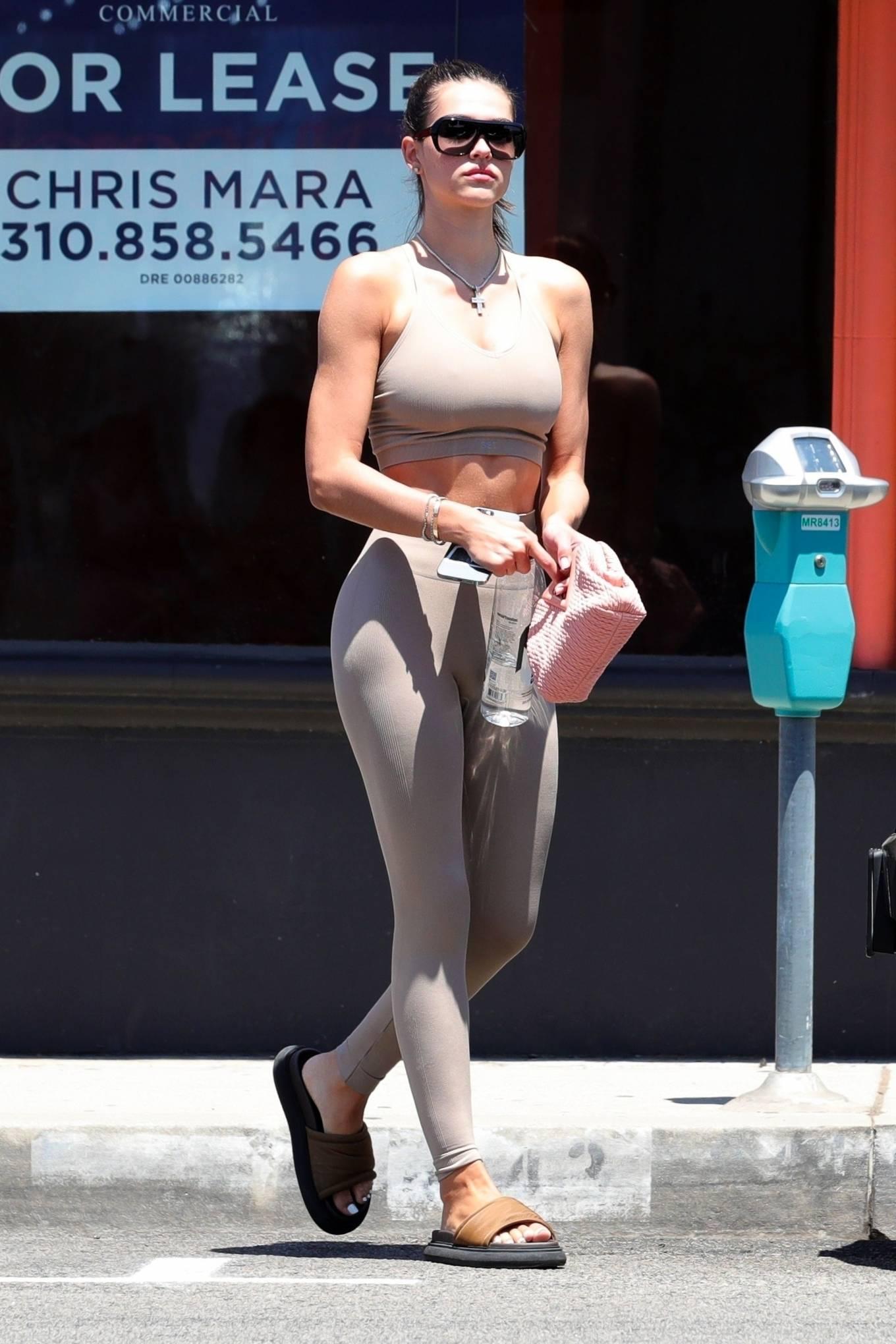 Amelia Gray Hamlin 2021 : Amelia Gray Hamlin – Shows her physique in West Hollywood-16