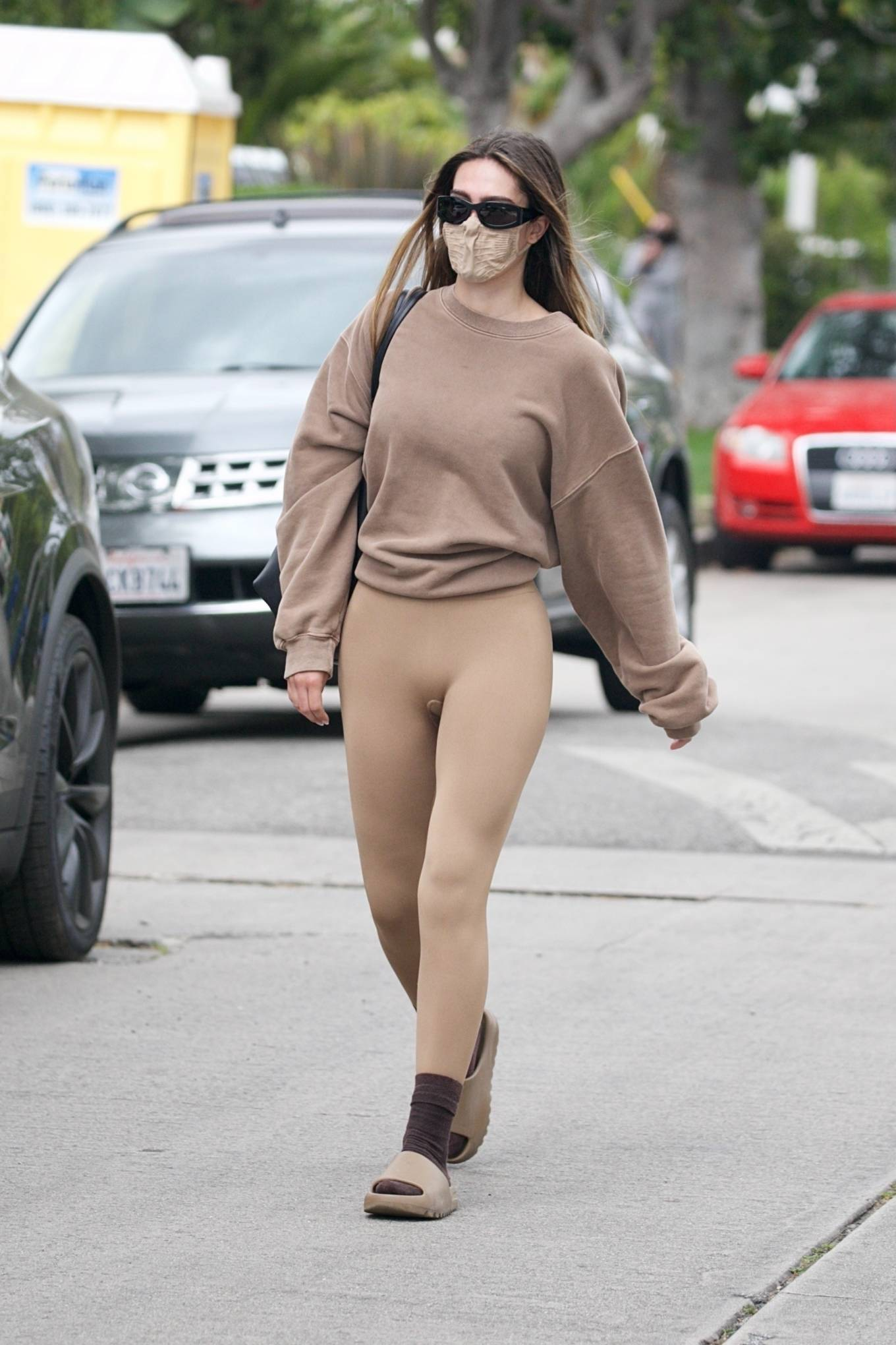 Amelia Gray Hamlin 2021 : Amelia Gray Hamlin – Steps out for pilates session in West Hollywood-11