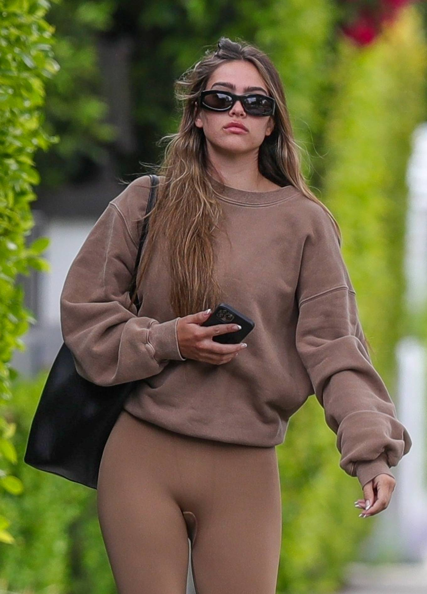 Amelia Gray Hamlin 2021 : Amelia Gray Hamlin – Steps out for pilates session in West Hollywood-25