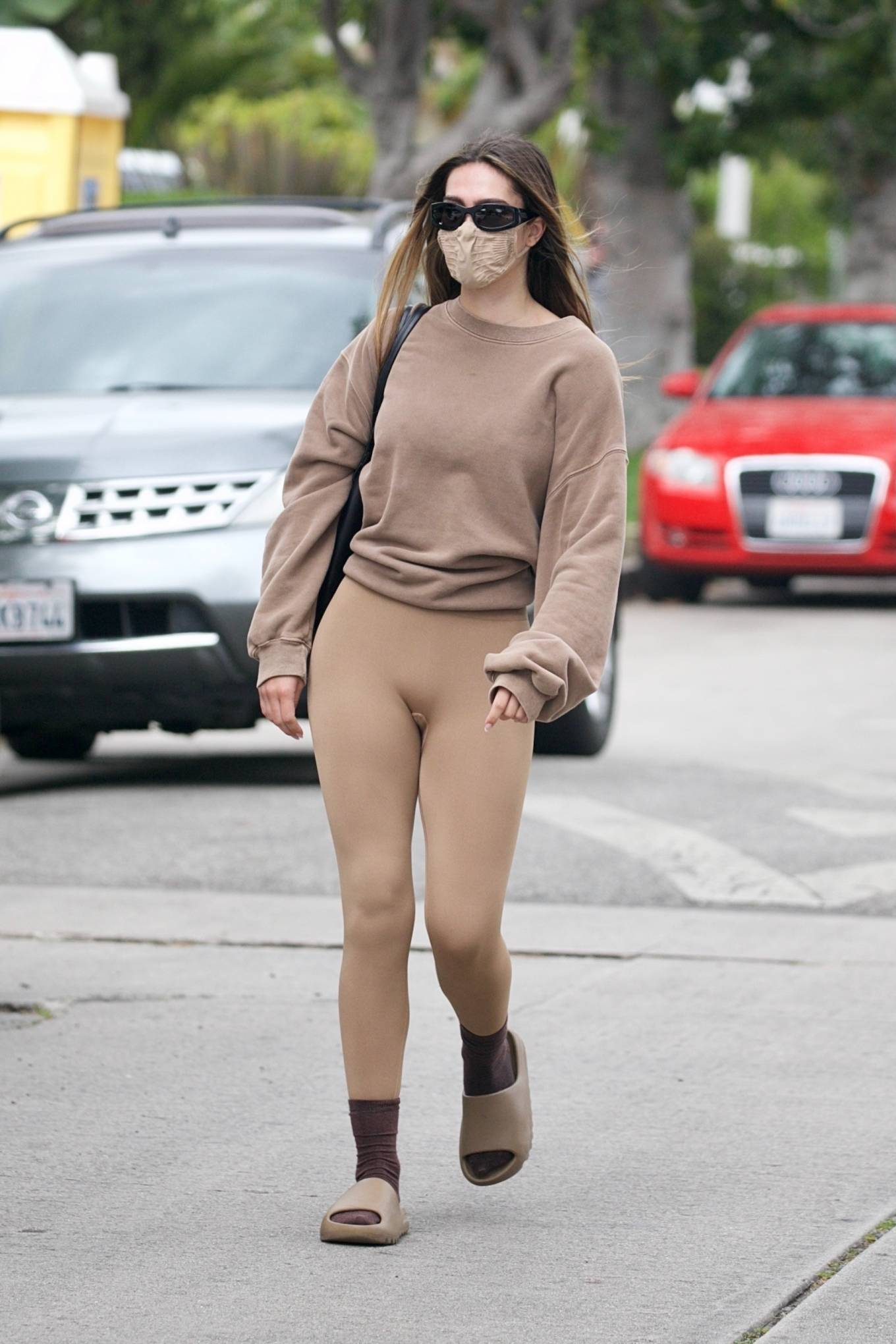 Amelia Gray Hamlin 2021 : Amelia Gray Hamlin – Steps out for pilates session in West Hollywood-32