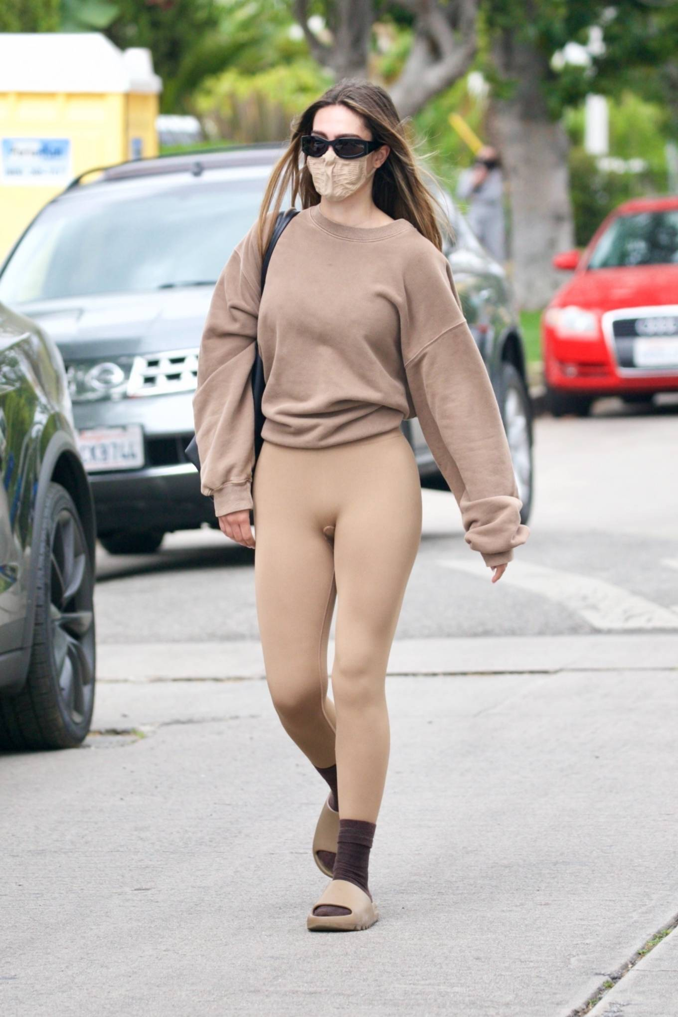 Amelia Gray Hamlin 2021 : Amelia Gray Hamlin – Steps out for pilates session in West Hollywood-33