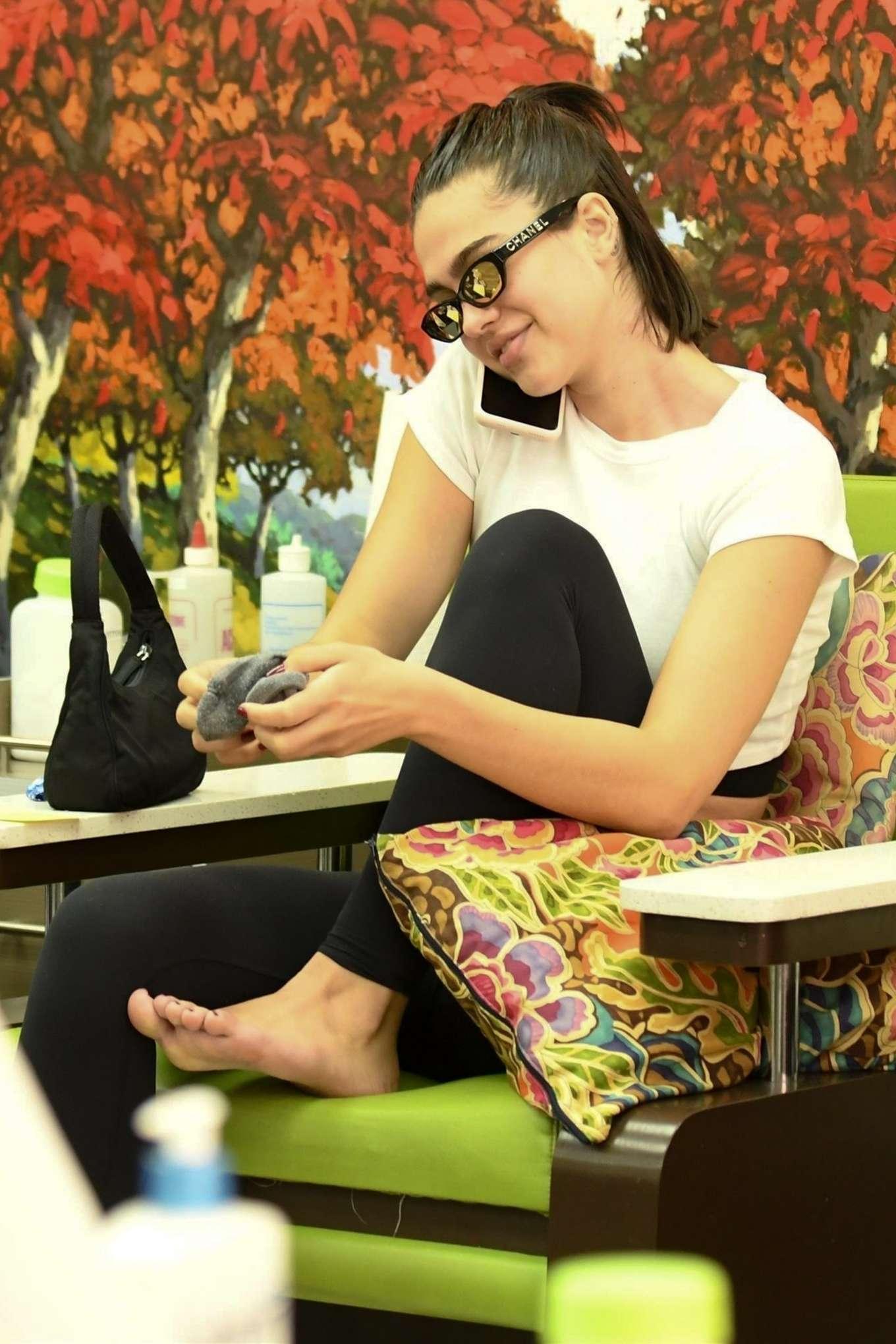 Amelia Hamlin at Beverly Hills Nail Design