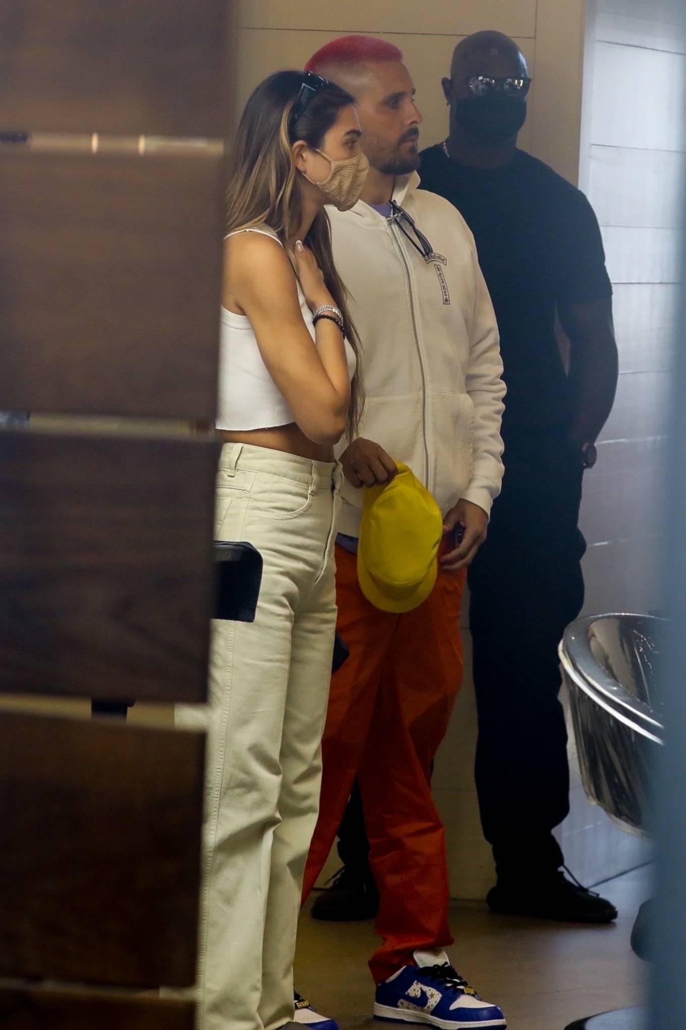 Amelia Hamlin 2021 : Amelia Hamlin – Seen with Scott Disick as they visit Meche Salon in Beverly Hills-11