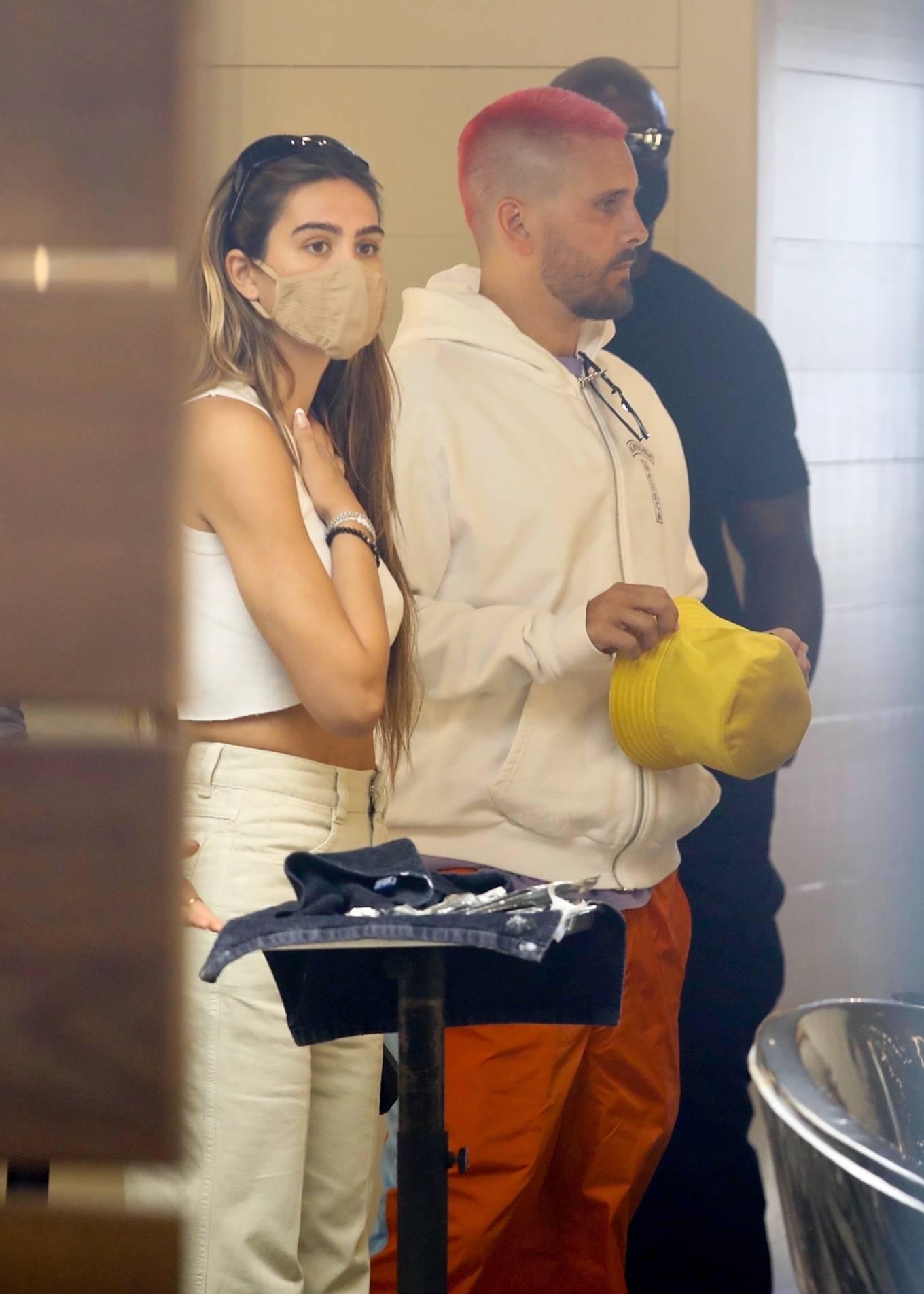 Amelia Hamlin 2021 : Amelia Hamlin – Seen with Scott Disick as they visit Meche Salon in Beverly Hills-17