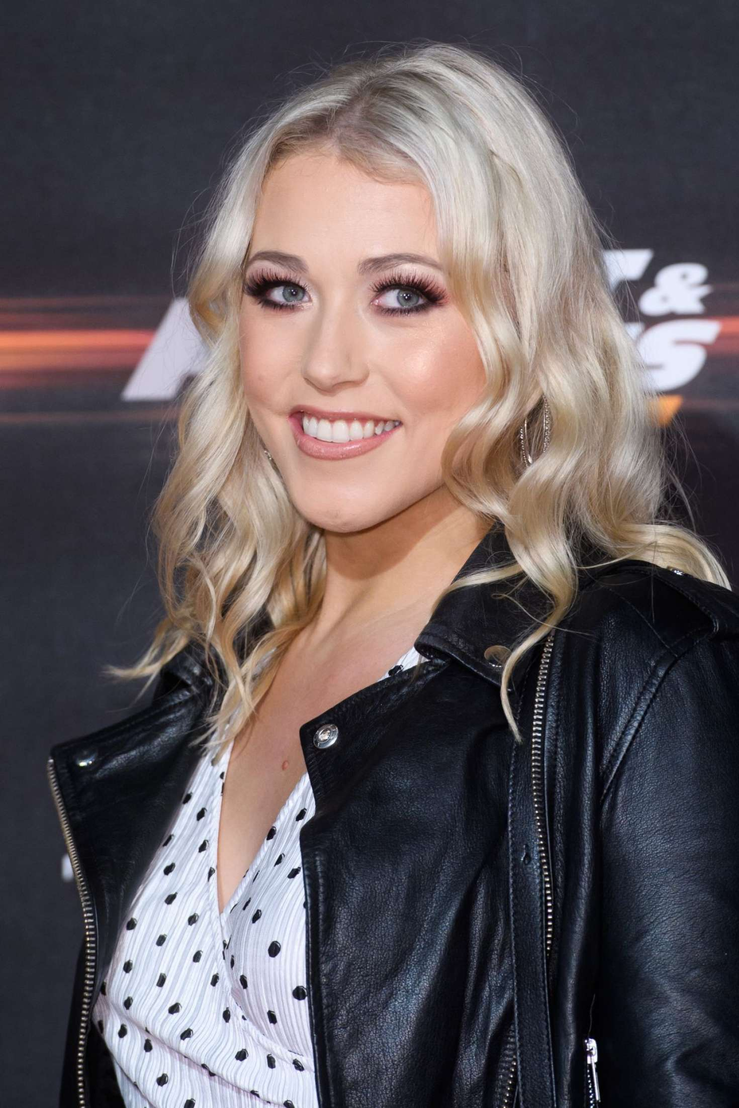 Amelia Lily - Fast and Furious Live in London