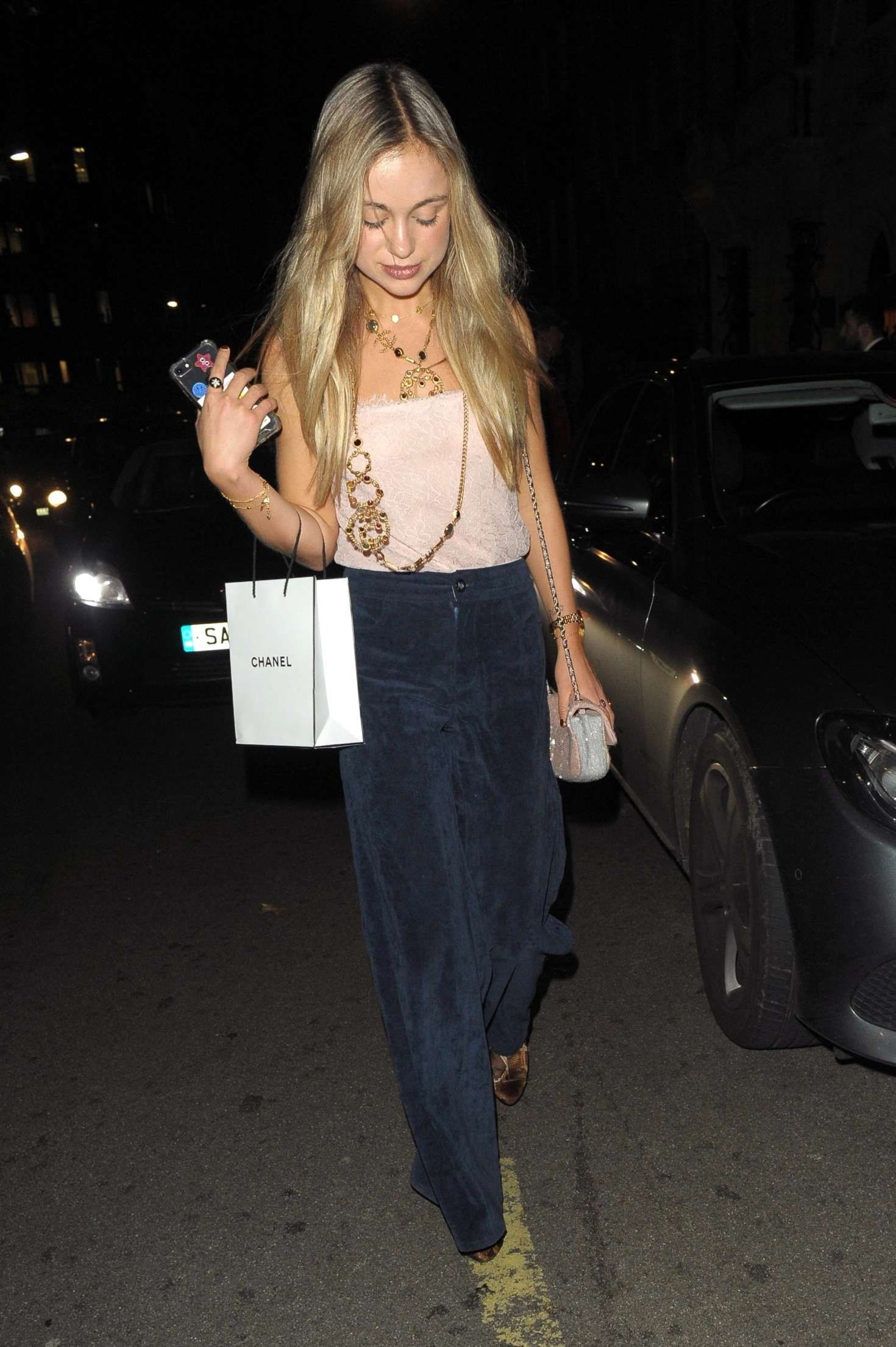 Amelia Windsor - Chanel No. 5 Party in London