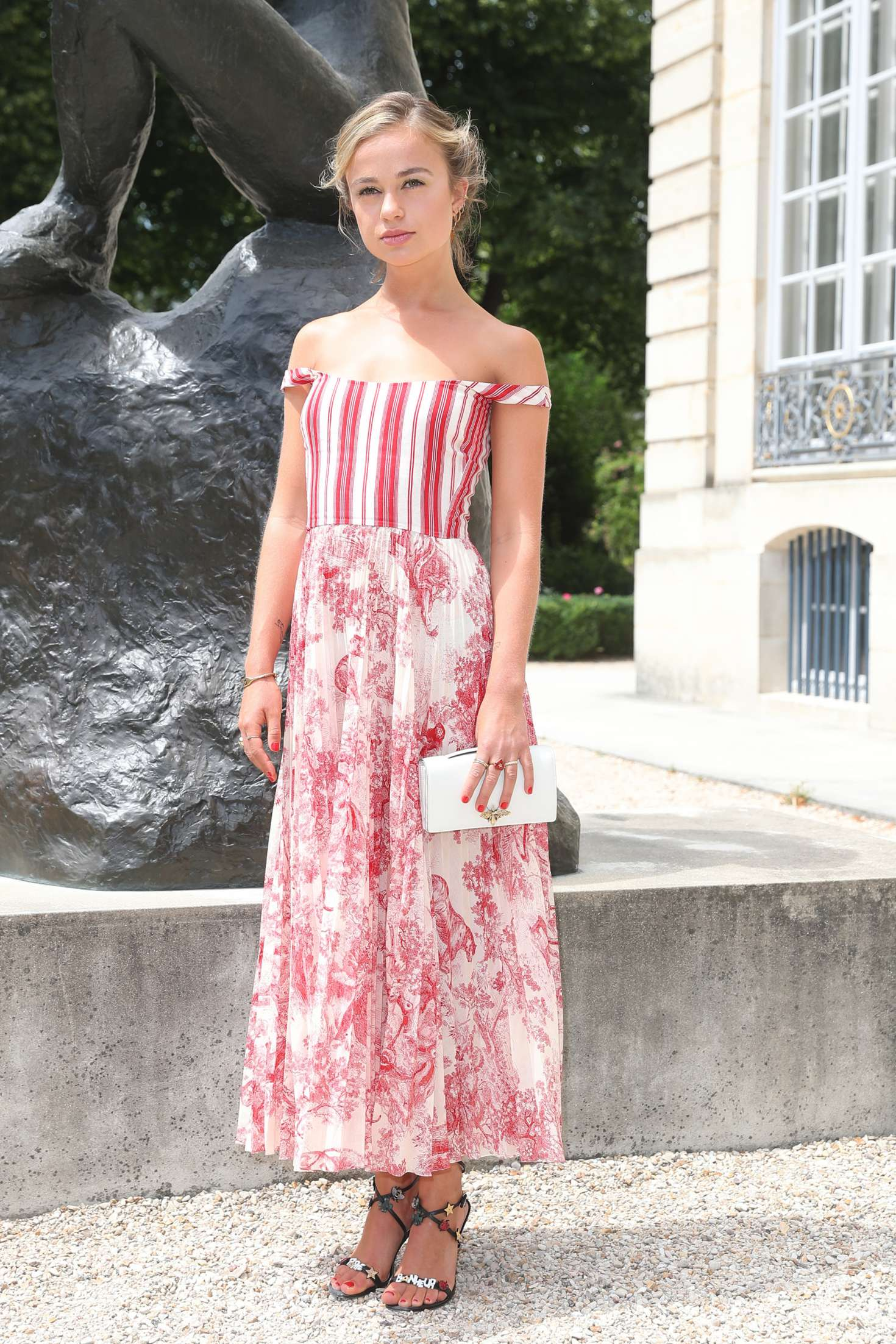 Amelia Windsor 2018 : Amelia Windsor: Christian Dior Haute Couture Show 2019 -02