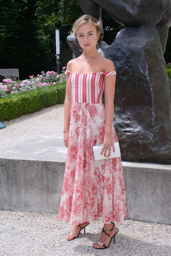 Amelia Windsor 2018 : Amelia Windsor: Christian Dior Haute Couture Show 2019 -09