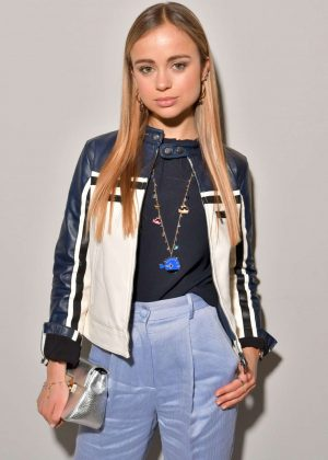 Amelia Windsor - Emporio Armani Fashion Show 2018 in Milan