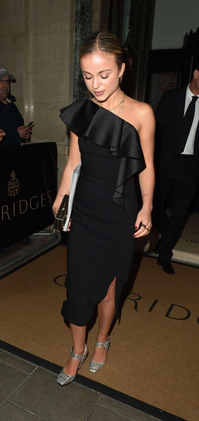 Amelia Windsor 2018 : Amelia Windsor: Harpers Bazaar Women of the Year Awards 2018 -06
