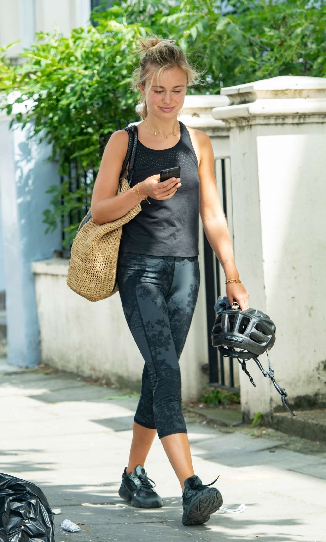 Amelia Windsor - Leaves the gym in London