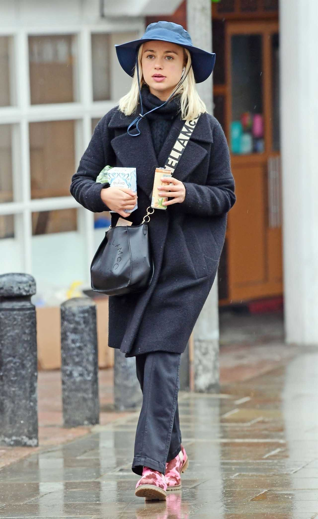 Amelia Windsor 2020 : Amelia Windsor out in London-01