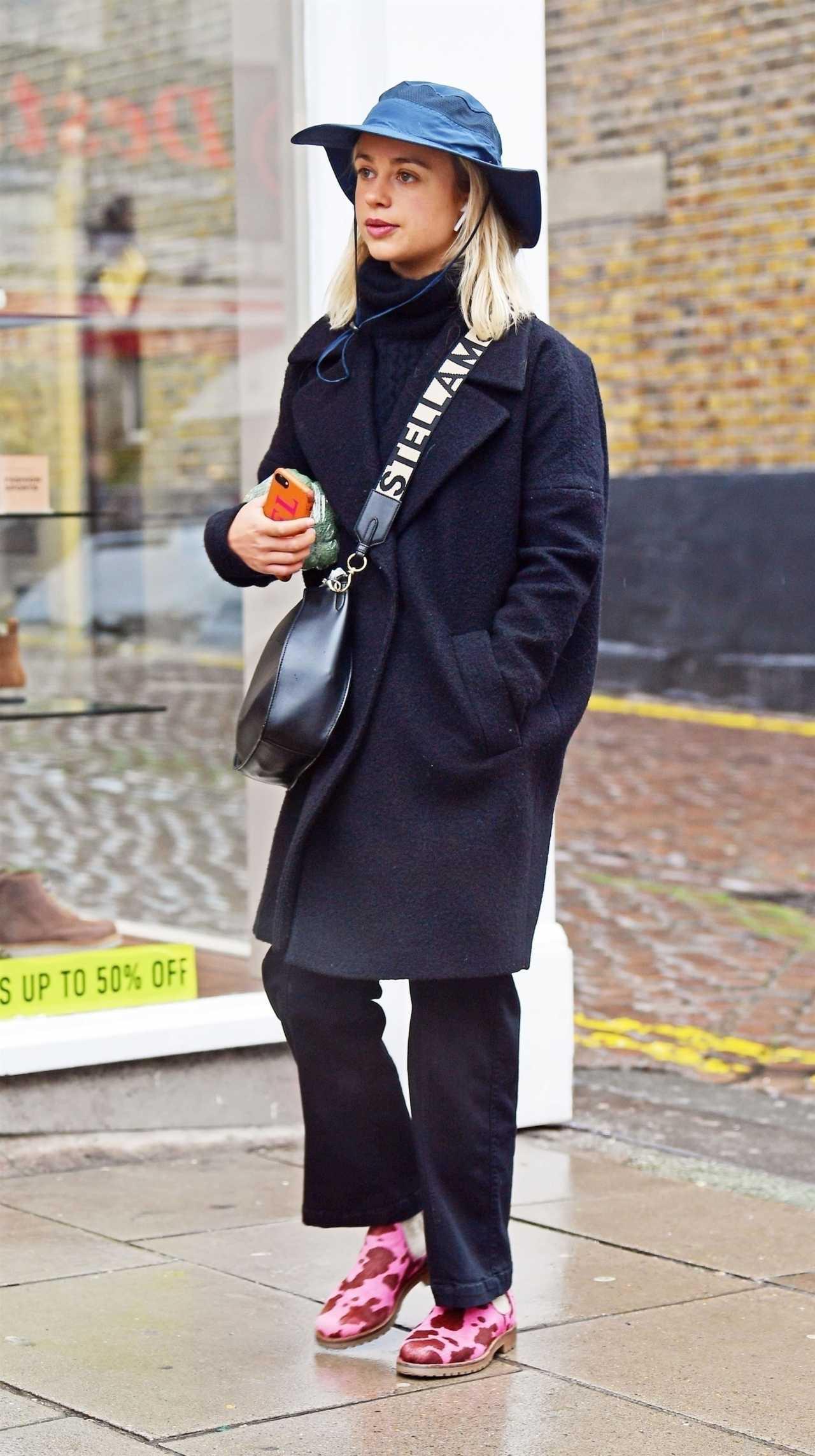 Amelia Windsor 2020 : Amelia Windsor out in London-07