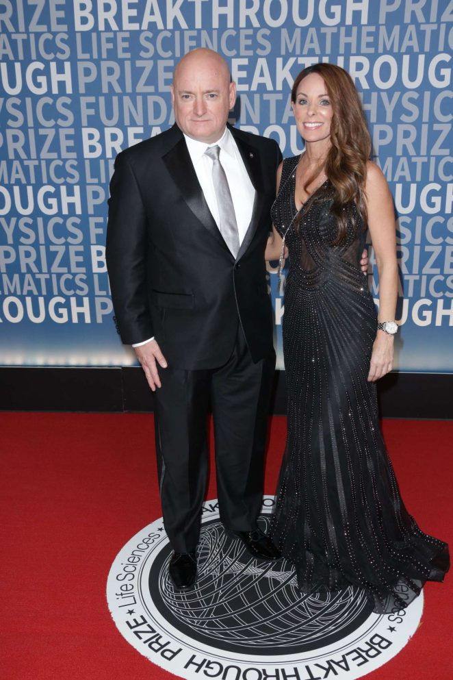Amiko Kauderer - 5th Annual Breakthrough Prize Ceremony in Mountain View
