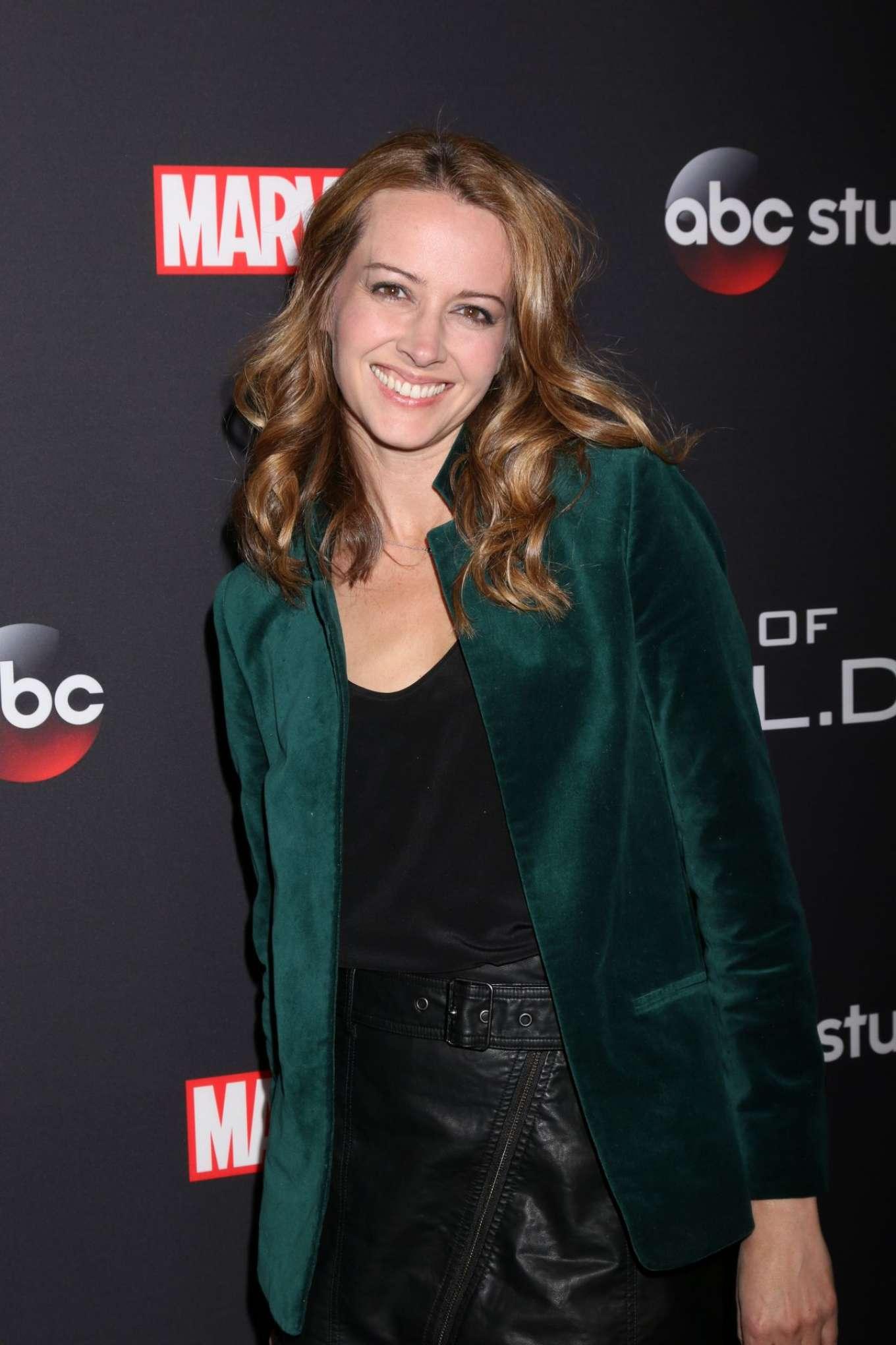 Amy Acker 2018 : Amy Acker: Marvels Agents of S H I E L D 100th episode celebration -02