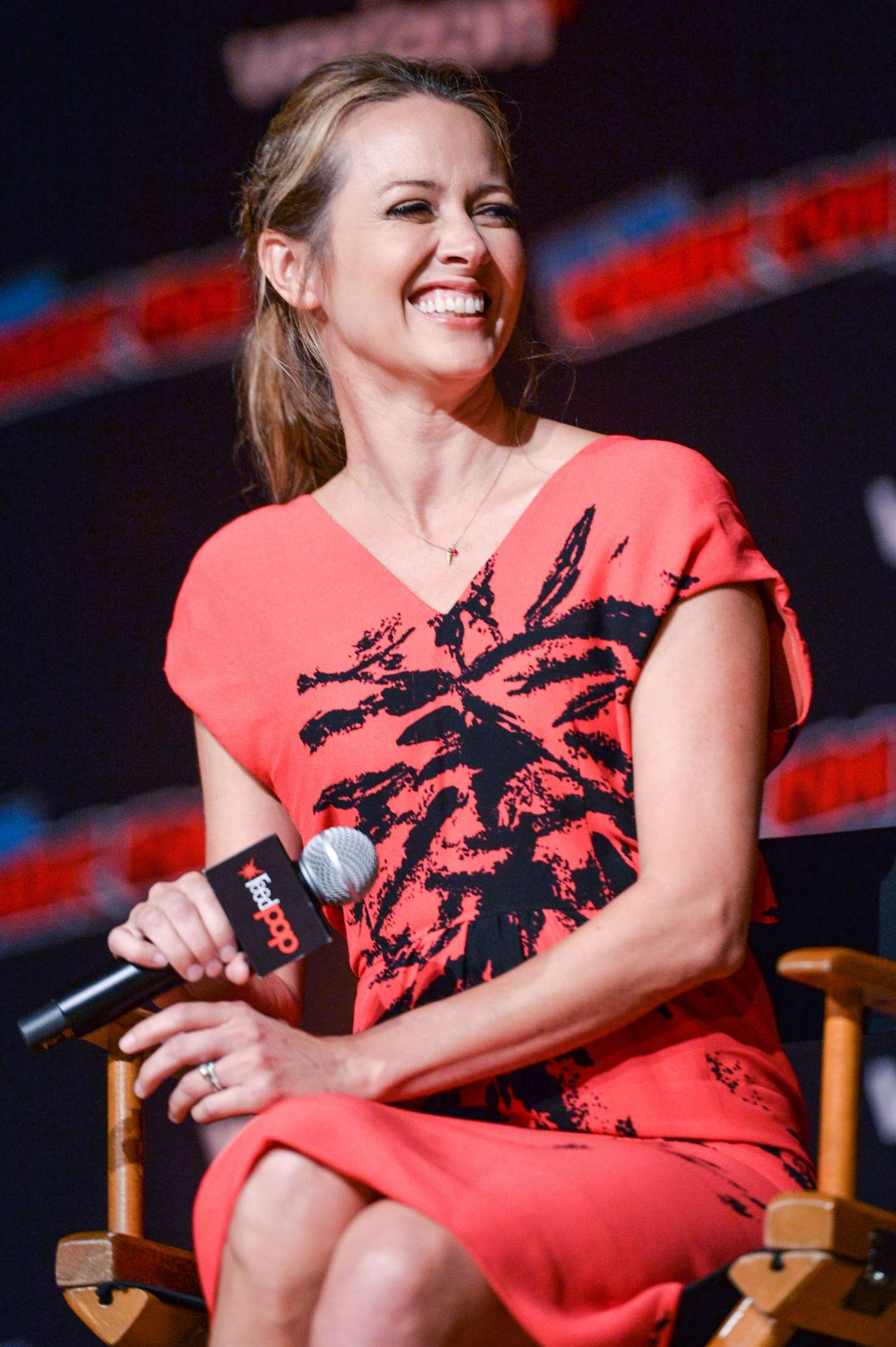 Amy Acker - 'The Gifted' Photcall at 2018 New York Comic Con