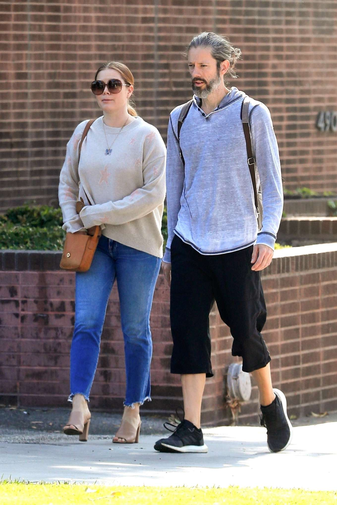 Amy Adams 2019 : Amy Adams and her husband Darren Le Gallo – Out in Beverly Hills-10