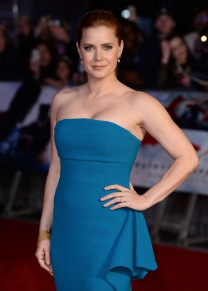 Amy Adams - 'Batman V Superman: Dawn Of Justice' Premiere in London
