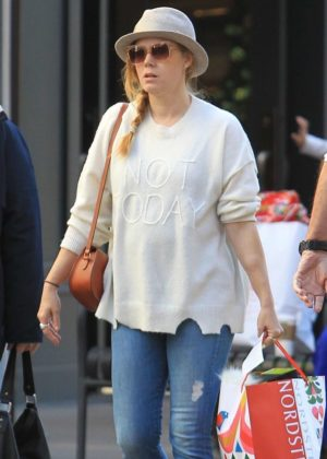 Amy Adams - Christmas shopping at The Grove in Los Angeles