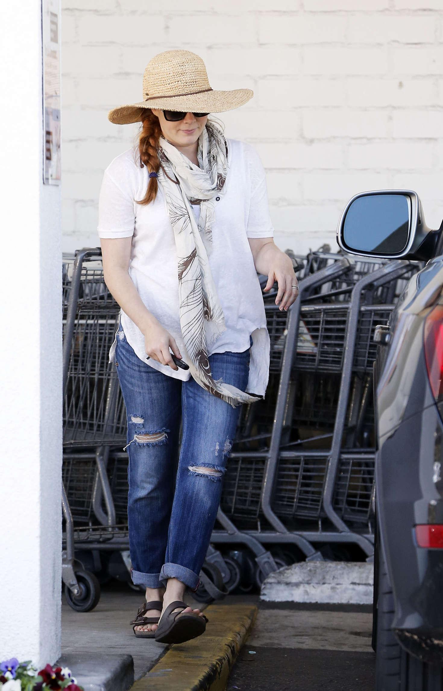 Amy Adams 2016 : Amy Adams in Jeans Shopping in LA -05
