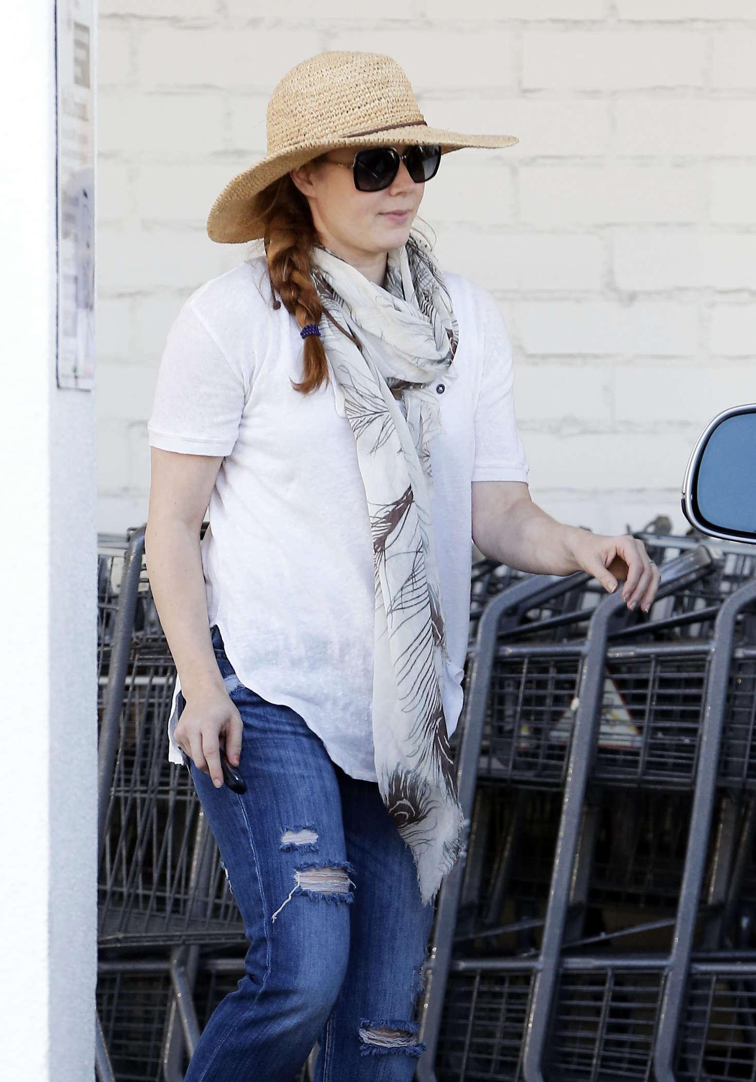 Amy Adams 2016 : Amy Adams in Jeans Shopping in LA -09